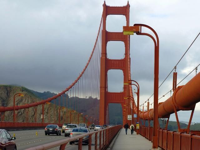 Мост Золотые Ворота, пешеходная часть.
