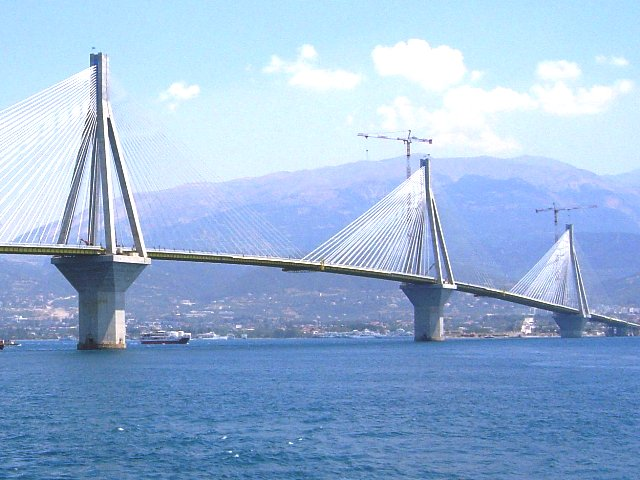 Самый длинный мост в мире Рио-Антирио