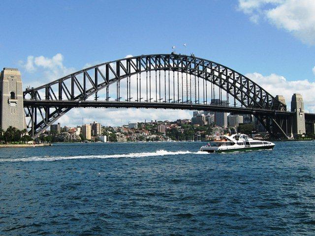 Мост Харбор Бридж в Сиднее