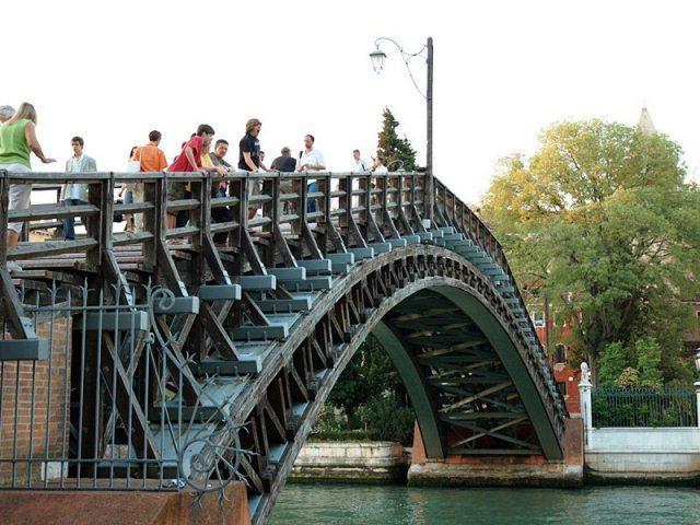 Мост Академии, мосты Венеции
